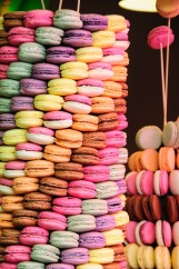 macarons-726983_1920